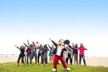 Mickey Mouse celebra su cumpleaños en Noviembre